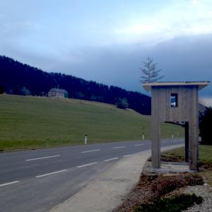 http://www.hugodworzak.at/files/gimgs/58_2014-02-28-aufrichten-busstop.jpg